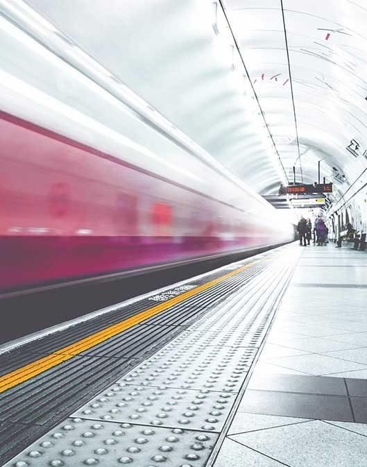 pix subway train image